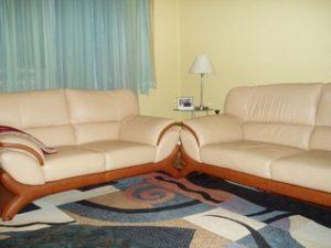 Перетяжка кожаной мебели в Химках
